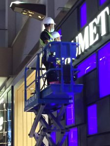 Singapore height glass cleaning