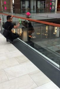 shopping centre glass_cleaning_2