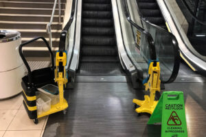 Automated Handrail cleaner