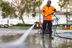 Male pressure cleaning in Arts Precinct